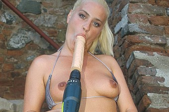 Blonde,Solo,College,Vaginal Toys