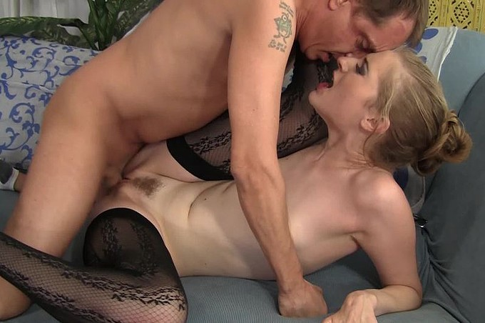 Sexy Wife Ela Darling Bangs Hard Hubby Scott Lyons