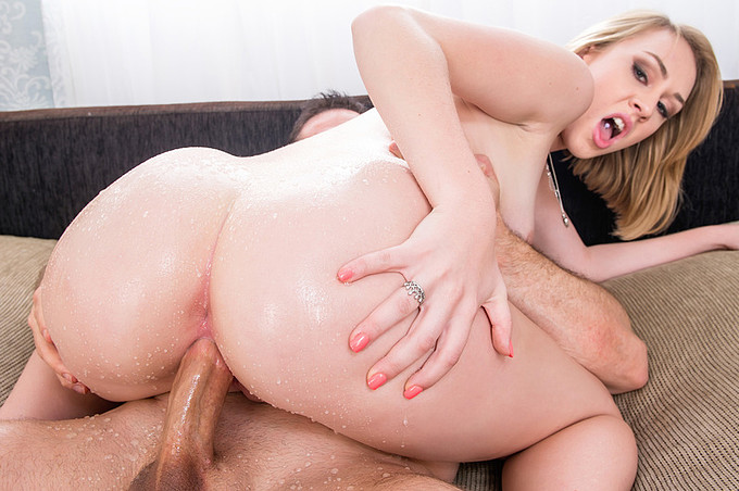 Blonde Teen Iggy Amore Just Loves a Rough Dick Ride!