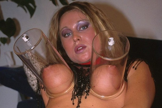 Katja Has A Big Sex Toy For Her Fat Wet Cunt