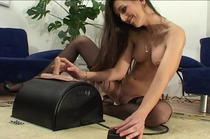 Jackie Can't Pleasue Her Pussy Enough So She Uses The Sybian