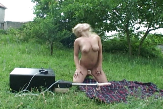 Sexy Patricia Has Her On Picnic With The Pefect Lover