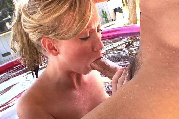 Madison Scott Gets A Facial In The Hot Tub