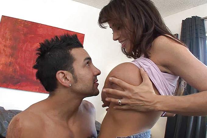 セクシー人妻 - ディープなハードコアスタイルで攻めて