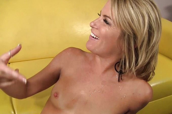 Jessica Wants Bruces Big Cock Deep Inside Of Her
