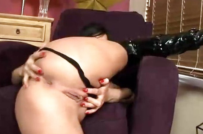 Sexy Brunette Slut Tory Lane Loves Her Pussy