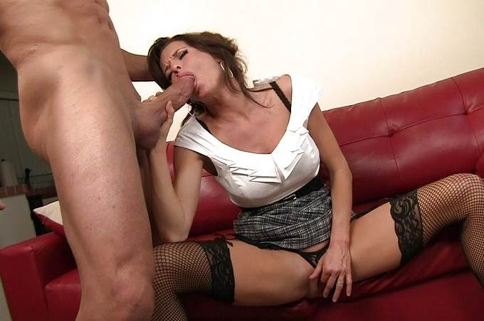 Sexy Older Woman Convinces Young Stud To Pound Her Pussy
