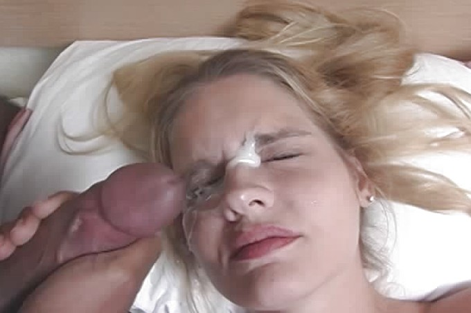 Morgan Lee Spreads Her Young Legs For Black Cock