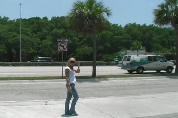 Hot Blonde Girl Sucks Guys Cock In The Car