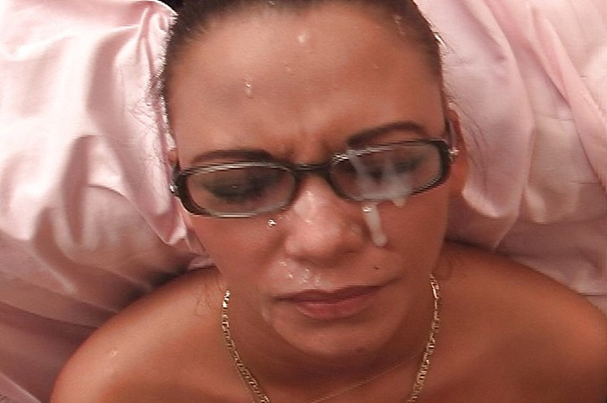 Hot Melazia Looks Sexy In Her Glasses As She Gets Fucked.