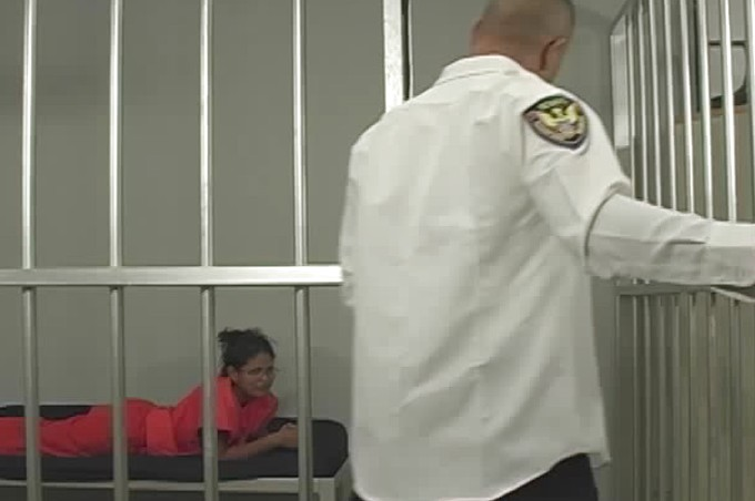 Gorgeous Latina In Prison Sucks And Fucks The Prison Guard
