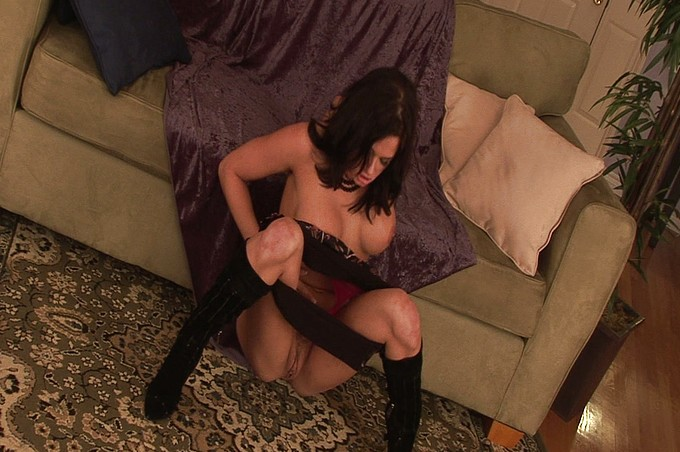 Super Slut Tory Lane Likes To Toy All Of Her Holes