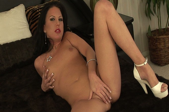 Horny Lonely Housewife Can Take Care Of Her Own Needs