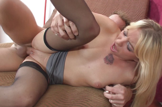 Blonde Hottie Megan Sweet Fucks A Golfer