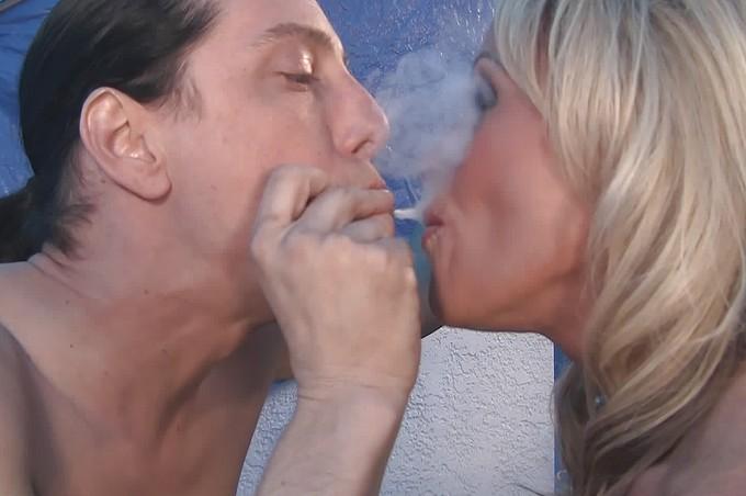 Hot Blond Slut Meets A Dude And Fucks Him