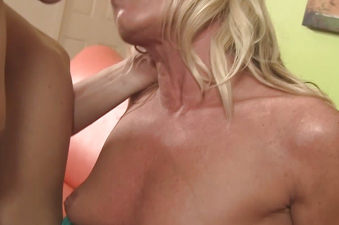 Hot Blond Slut Meets A Dude And Fucks Him