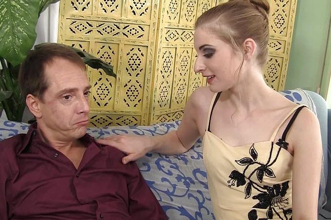 Sexiga hustrun Ella Darling knullar sin stenhårda man Scott Lyons