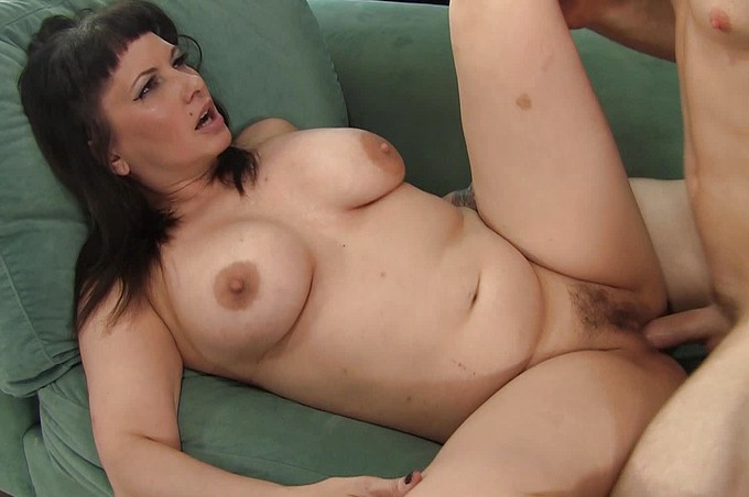 Romeo Is Tamed By A Bad Stacked Slut With Naughty Ideas.