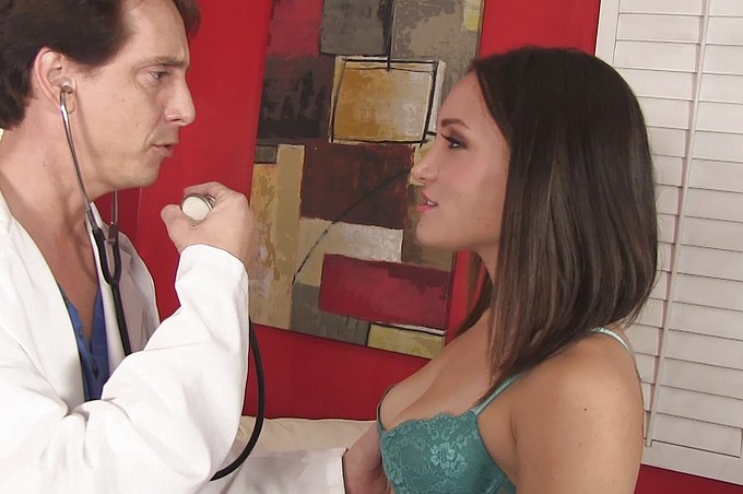 Beautiful Gabriella Paltrova Blows Her Doctor