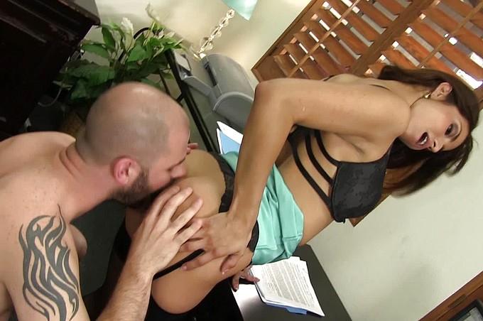 Slutty Secretary Isabella De Santos Fucks Her Bald Coworker