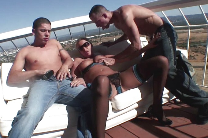 Riley Evans Gets Doubleteamed By Two Hard Cocks On A Boat