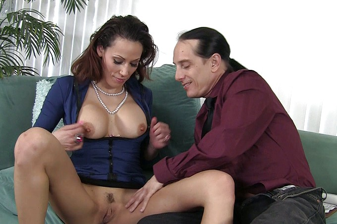 Layla And Scott Enjoy An Afternoon Of Sex