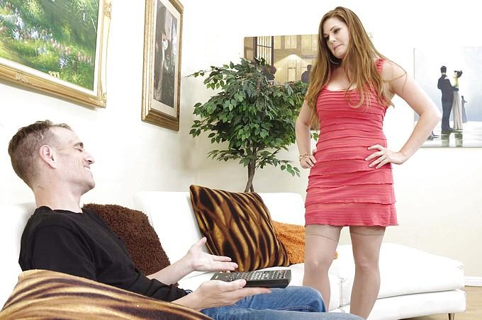 La prosperosa Allison Moore si fa infilzare dal suo figlioccio