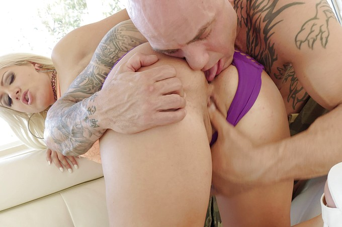 Asstastic Layla Price Get Passionately Pounded!